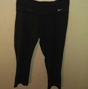 Nike dri-fit cropped Athletic pants black size lar